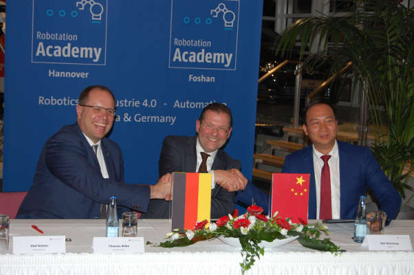 Deutsche Messe baut Robotation Academy in China