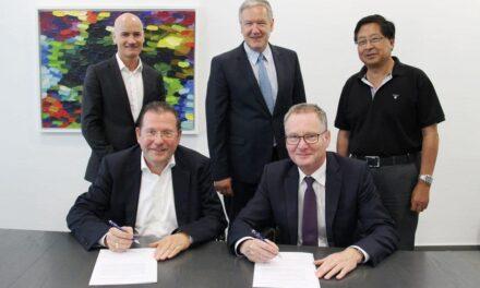 Deutsche Messe Technology Academy und Phoenix Contact vereinbaren internationale Zusammenarbeit zur Qualifizierung für Industrie 4.0