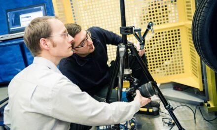 High-speed-Kameras decken Ursachen für Probleme in Fertigungsprozessen auf