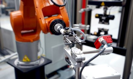 Roboterprüfsystem für Elastomerproben
