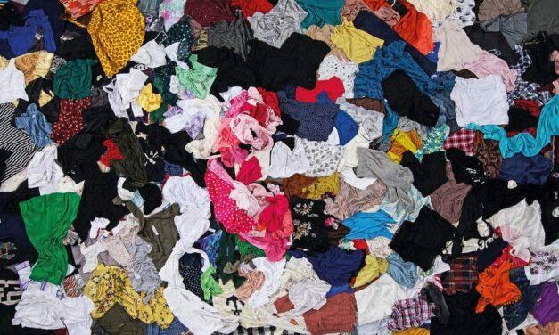 Textilmüll – wir zeigen die Lösung